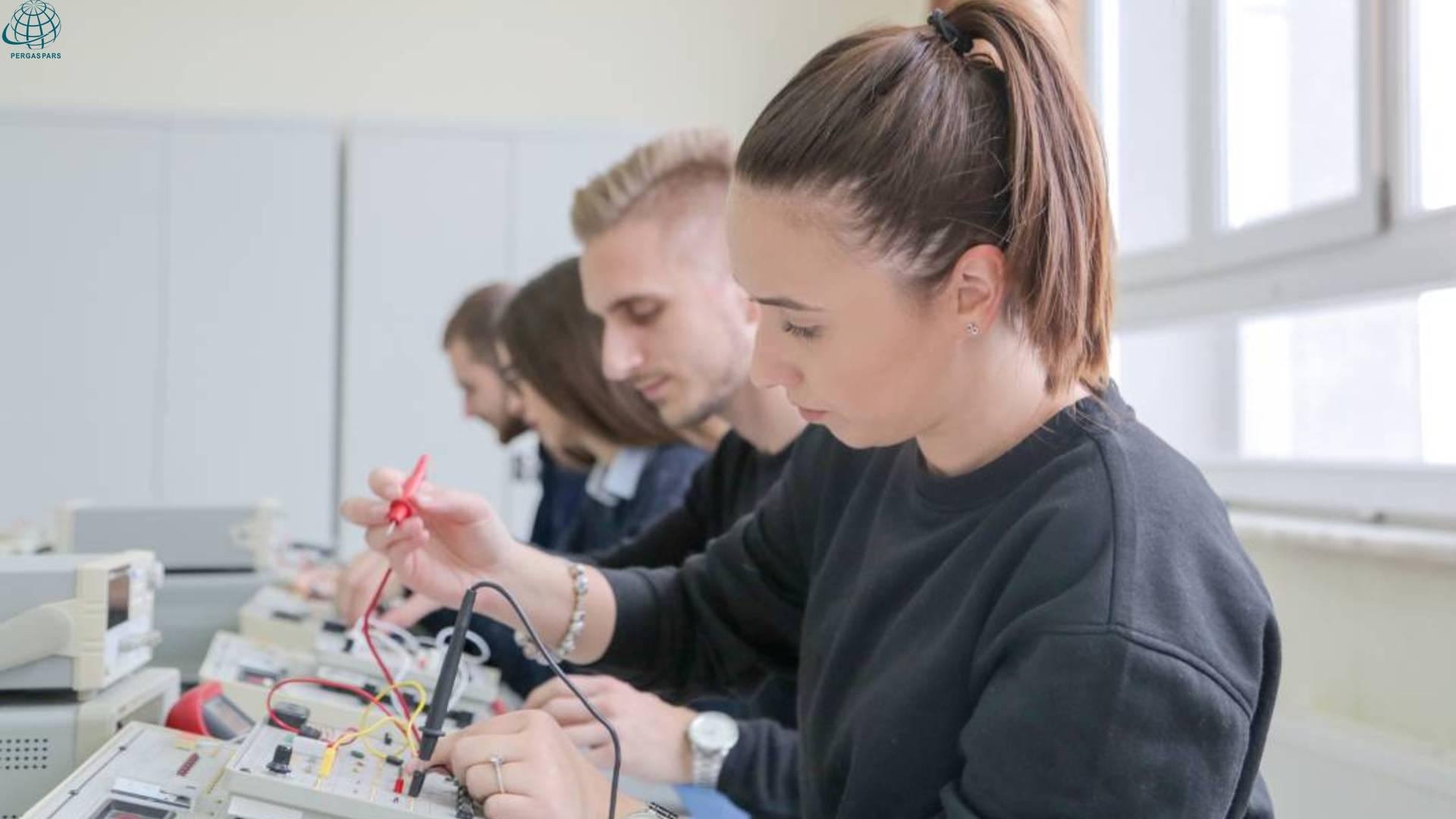 استخدام مهندس برق در استرالیا